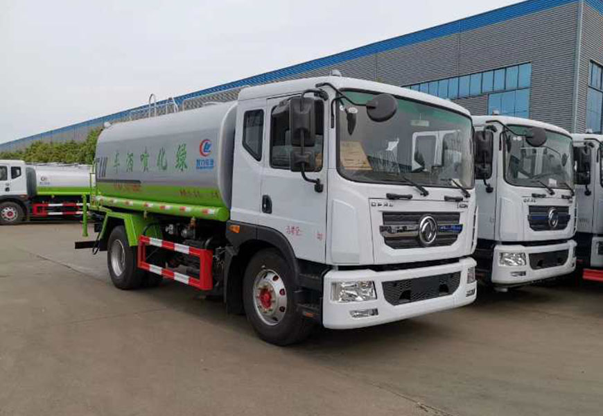 Dongfeng D9 (15  سیبییم ) پانی کا ٹرک
