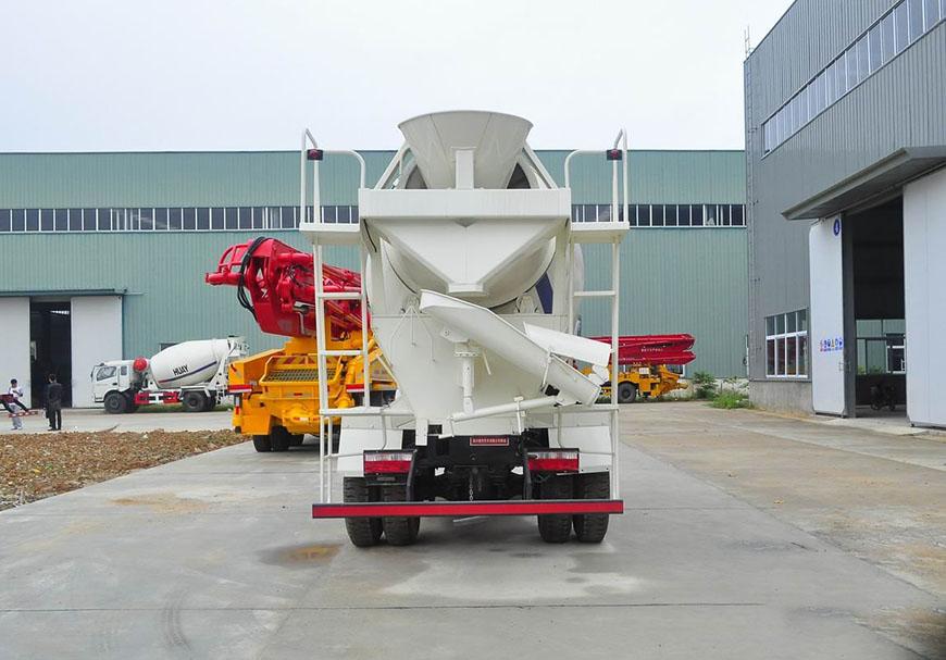 هيونداي نانجون 6 شاحنة خلاط cbm