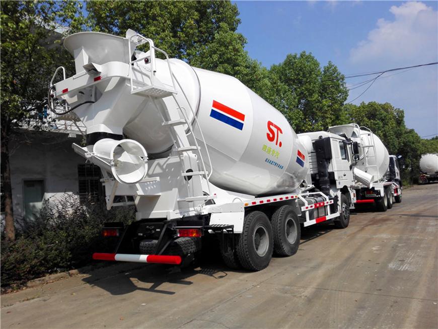 Shaanxi Automobile Delong 14 cbm mixer truck