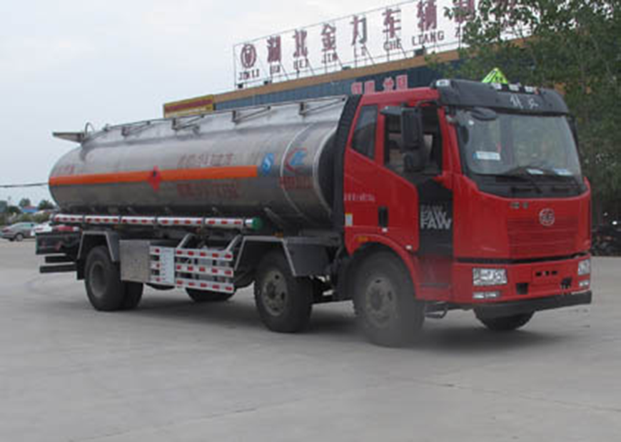 CLW5251GYYLC5型铝合金运油车