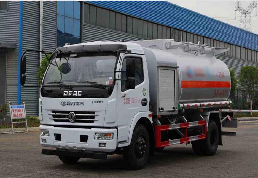 CLW5112GJYE5型飞机加油车